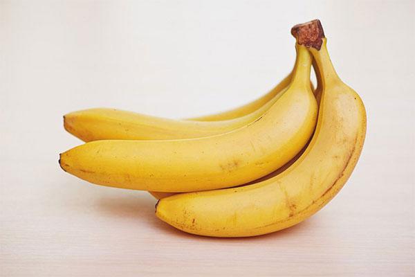 Breastfeeding bananas