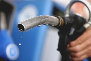 Comment se débarrasser de l'odeur de l'essence