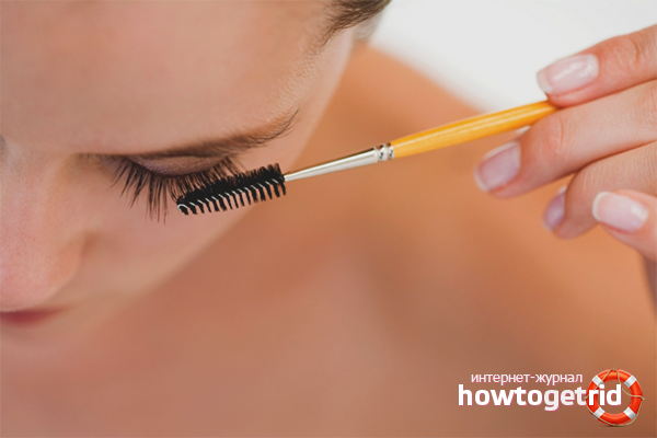 Cosmetic products for strengthening eyelashes