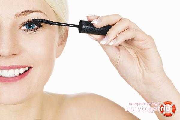How to paint eyelashes with mascara