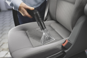 How to clean the car seat