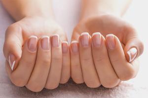 Comment faire des ongles solides