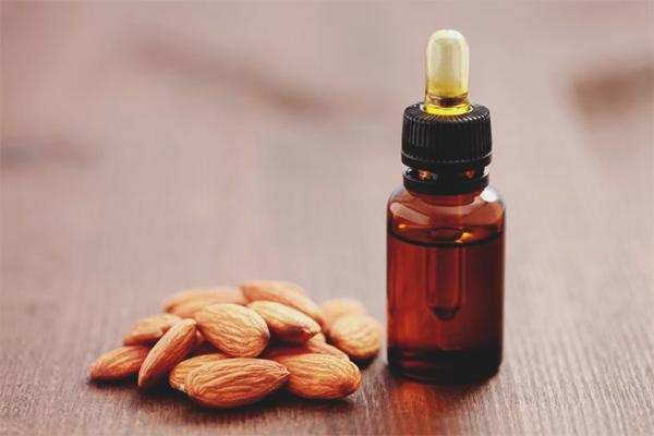Comment utiliser l'huile d'amande pour le visage