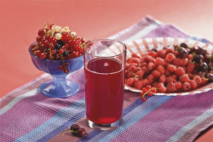 How to cook the compote of frozen berries