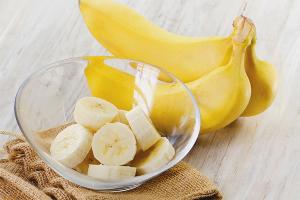 Bananele se confruntă cu măști