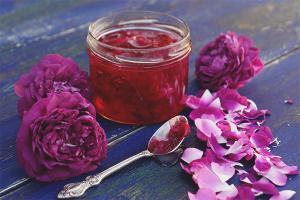Ροζ πέταλο μαρμελάδα