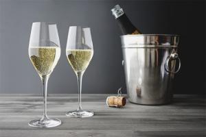 Comment boire du champagne