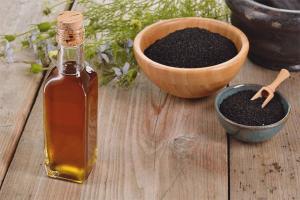 Black cumin oil for hair