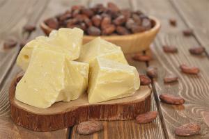Beurre de cacao pour les cheveux