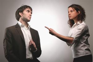 Πώς να κάνει ο σύζυγός της να ομολογήσει την προδοσία