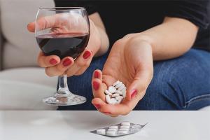 Puis-je boire de l'alcool après les antibiotiques