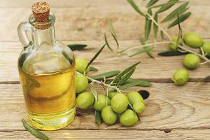 Huile d'olive pour les cheveux