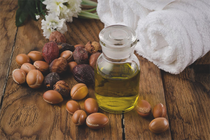 The use of argan oil for hair