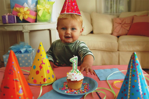 How to celebrate the birthday of a child 1 year