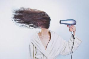 Cum de a alege un uscător de păr