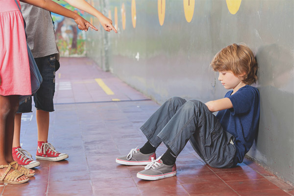 Copil rănit la școală