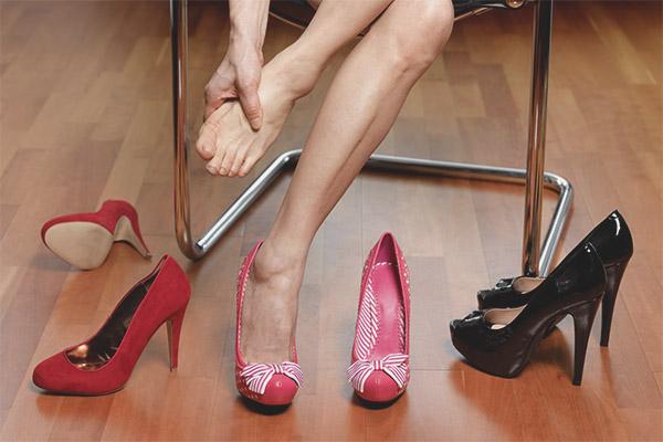 aa8a55938706cd Як розносити взуття яка тисне в пальцях