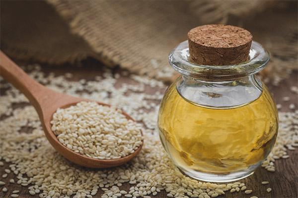 Sesame oil for the face