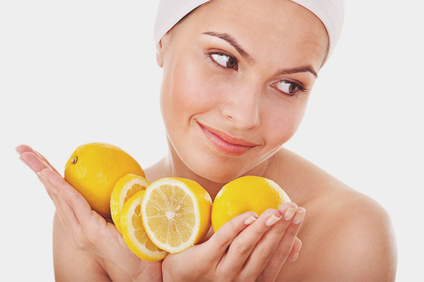 How to use lemon to whiten your face