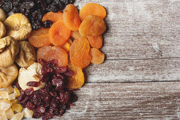 Fruits secs pendant l'allaitement