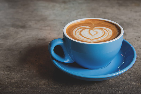 Can pregnant women drink cappuccino