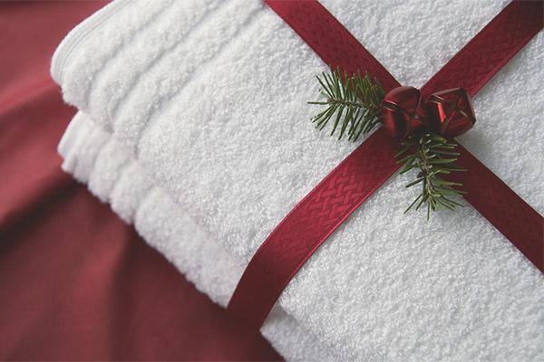 Puis-je donner une serviette en cadeau