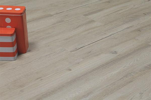 Quartz vinyl floor tile