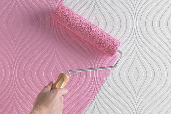 Behang voor schilderen de belangrijkste voor en nadelen