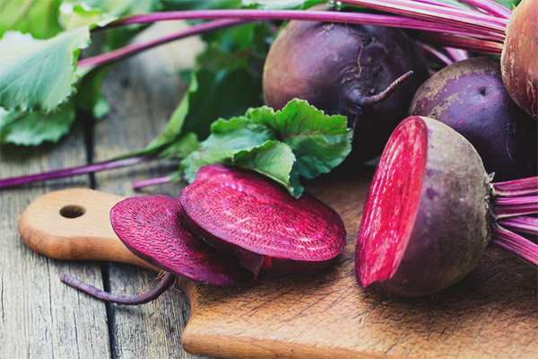 Useful properties and contraindications of beets