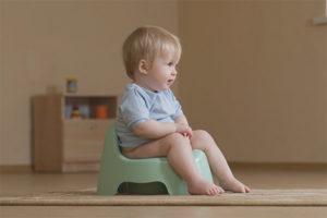 Comment apprendre à un enfant à aller au pot