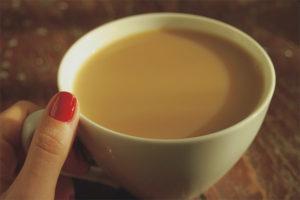 Thé au lait pendant l'allaitement