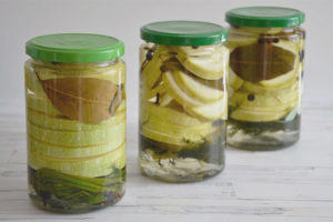 Marinated zucchini for the winter